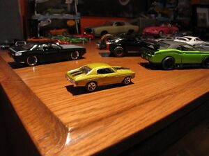Group 39.  Six Hot Wheels Chevy Muscle Cars. London Ontario image 9