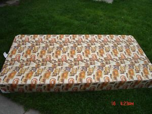 ** Double Sofa Bed, Hide a Bed, Box Spring **