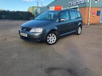 IMMACULATE AUTOMATIC VOLKSWAGEN TOURAN 1.6 FSI ( 5 seats ) - 3 MONTHS RAC WRNTY.