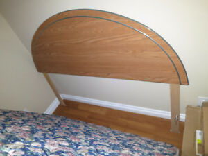 Queen size headboard, bed frame and boxspring - No Delivery