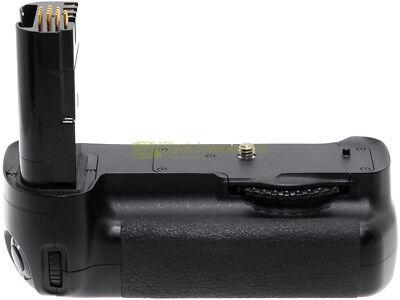 Nikon MB-D200 impugnatura verticale x Nikon D200 e Fuji S5. MBD200 Battery grip.