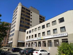 Great Office Space For Lease At Dundas St Near Hurontario St!