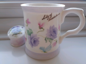 Hand painted cup & trinket box