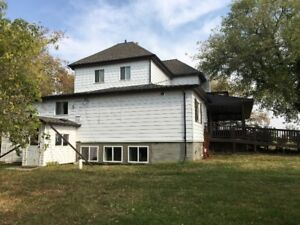 House in Parkland County for Sale and Removal