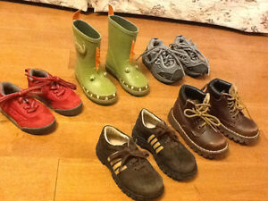 Size 6-8 little boys footwear