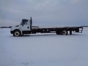 2005 International 4300 Deck Truck