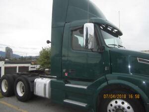 2012 Volvo VNL 300 Day Cab Tractor