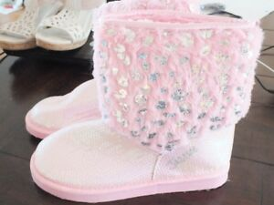 Sparkle pink slippers