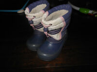 Size 10 toddler winter boots-disney princess