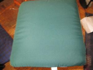 4 Gracious Living Patio Chair Cushions