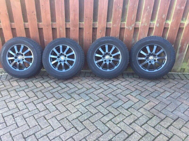 """Genuine Porsche Cayenne / VW Touareg 17"""" Alloy Wheels & Winter Tyres"""