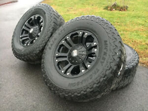 Mags XD series 18'' avec pneus Mickey Thompson LT305/70/18