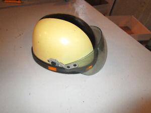 casque de motoneige vintage