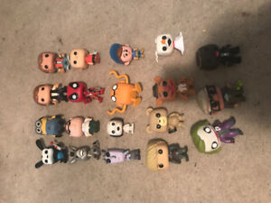 19 funko pop vynal figures (out of box, good condition)