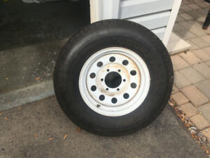 ONE NEW TRAILER TIRE AND RIM 6 LUG SIZE 225/75/15 $150 OBO