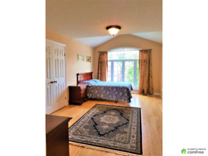 New Price, Byron 4+2 Brs,4 Bathrooms for sale