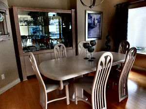 dining room, table, 6 chairs, buffet and hutch