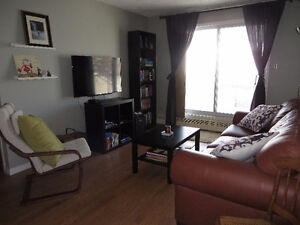 2 bed and 2 bath near Whyte and the University of Alberta