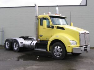 2015 Kenworth T880 day-cab tractor