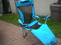 SET OF FOLDING PATIO/SPORT CHAIRS