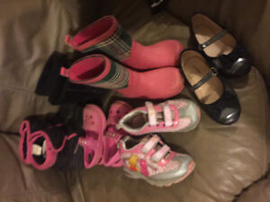 Girls size 9 Lot shoes/ boots $15