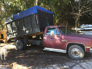 1988 Chevrolet one ton chip truck