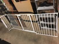 Room divider / stair gate system
