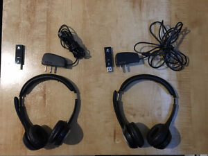 2 Logitech wireless headsets + microphone, USB, plug-in adaptors