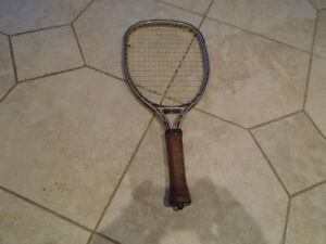 raquette de squash black knight avec étui + Head Impulse