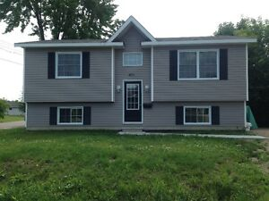 Fairly New 2 Bedroom, 1 bathroom house with all appliances!
