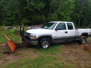 2000 chev 2500 PARTS truck with plow