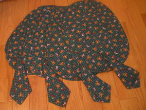 8-PIECE SET of TEDDY BEAR OVAL PLACEMATS with MATCHING NAPKINS