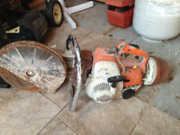 Stihl gas powered saw //// Stihl scie à gaz