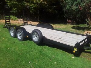 Trailer Rental Montreal platform Low Boy 85.$ Per Day