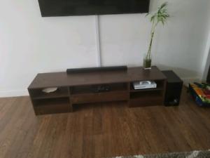 Table salon et meuble tv