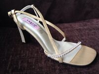 Gold heeled sandals/shoes with crystal detailing NEW size 7
