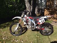 2005 crf 450 (511big bore) WITH PAPERS!!!