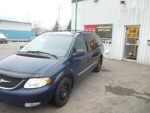 Chrysler Town - Country 4dr Limited FWD 2004