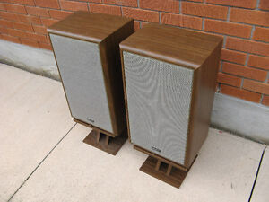 VINTAGE ADVENT 4002 SPEAKER CABINETS Kitchener / Waterloo Kitchener Area image 3