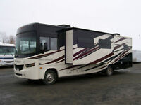 Pre-owned 2014 Forest River Georgetown 328