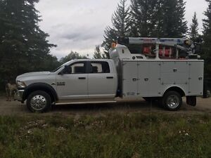 REDUCED DODGE 5500 SERVICE TRUCK