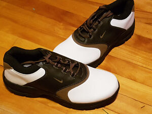 NEW Nike golf shoes size 10