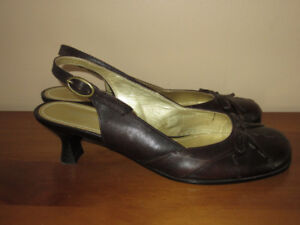 """WOMEN'S BROWN """"SPRING"""" SHOES - SIZE 36 (SIZE 5.5) - LIKE NEW!"""