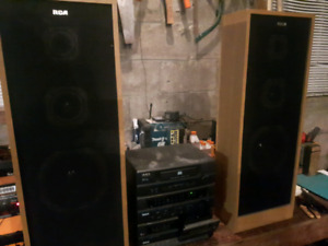 Rca stereo and stand up speakers