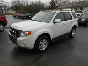 2011 FORD ESCAPE 5 DOOR LIMITED SUV, 3 YEAR WARRANTY INCLUDED