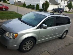 2009 Chrysler town contry