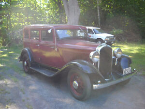 1932 PLYMOUTH  ( Quebec Plated )( Plaque Quebec )