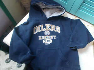 Edmonton Oilers Kids Infant Hoodie Shirt, Tag Cut But Size 2T