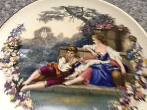 Vintage collectible hanging plates
