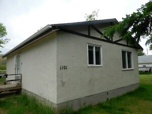 Three Bedroom West Flat Bungalow